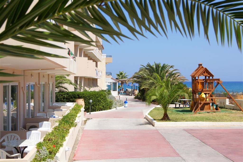 http://data.turancar.sk/t2/Hotel/10201.jpeg
