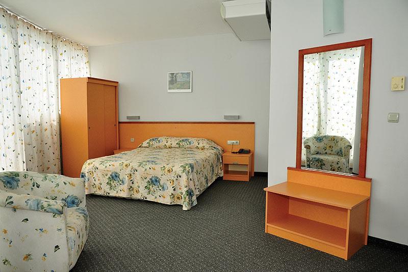 http://data.turancar.sk/t2/Hotel/12712.jpeg