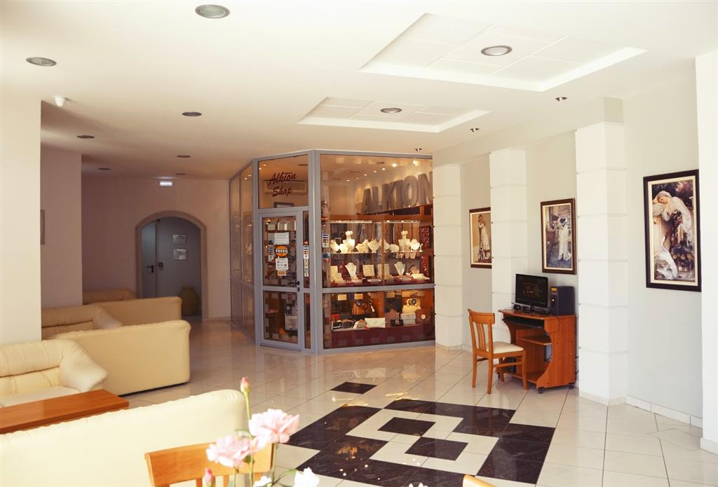 http://data.turancar.sk/t2/Hotel/12765.jpeg