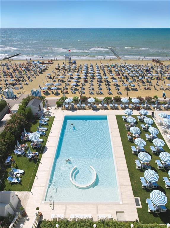 http://data.turancar.sk/t2/Hotel/13333.jpeg