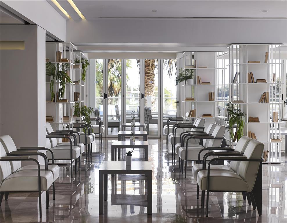 http://data.turancar.sk/t2/Hotel/15474.jpeg