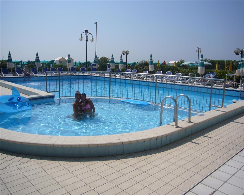 http://data.turancar.sk/t2/Hotel/1667/21420.jpeg