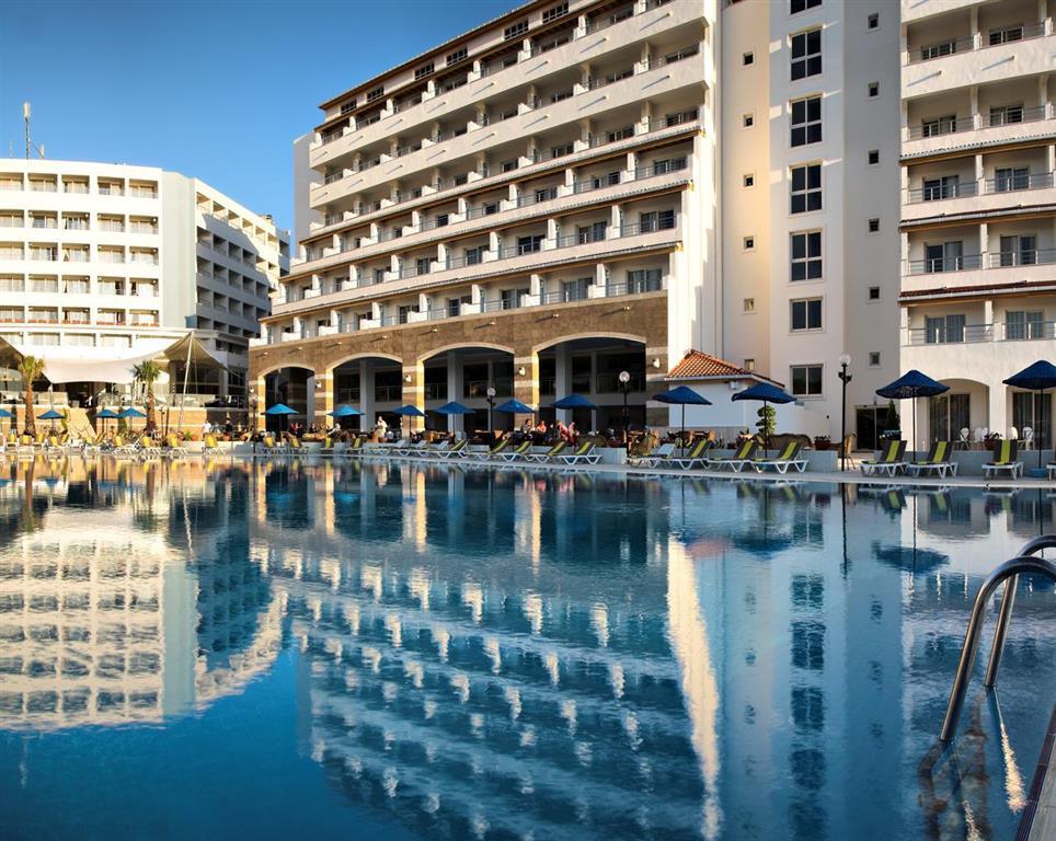 http://data.turancar.sk/t2/Hotel/1974.jpeg