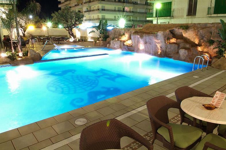 http://data.turancar.sk/t2/Hotel/2161/20898.jpeg