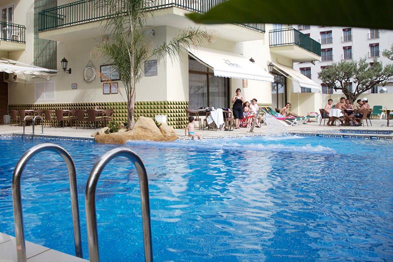 http://data.turancar.sk/t2/Hotel/2161/20900.jpeg