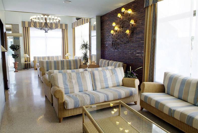 http://data.turancar.sk/t2/Hotel/2161/20901.jpeg