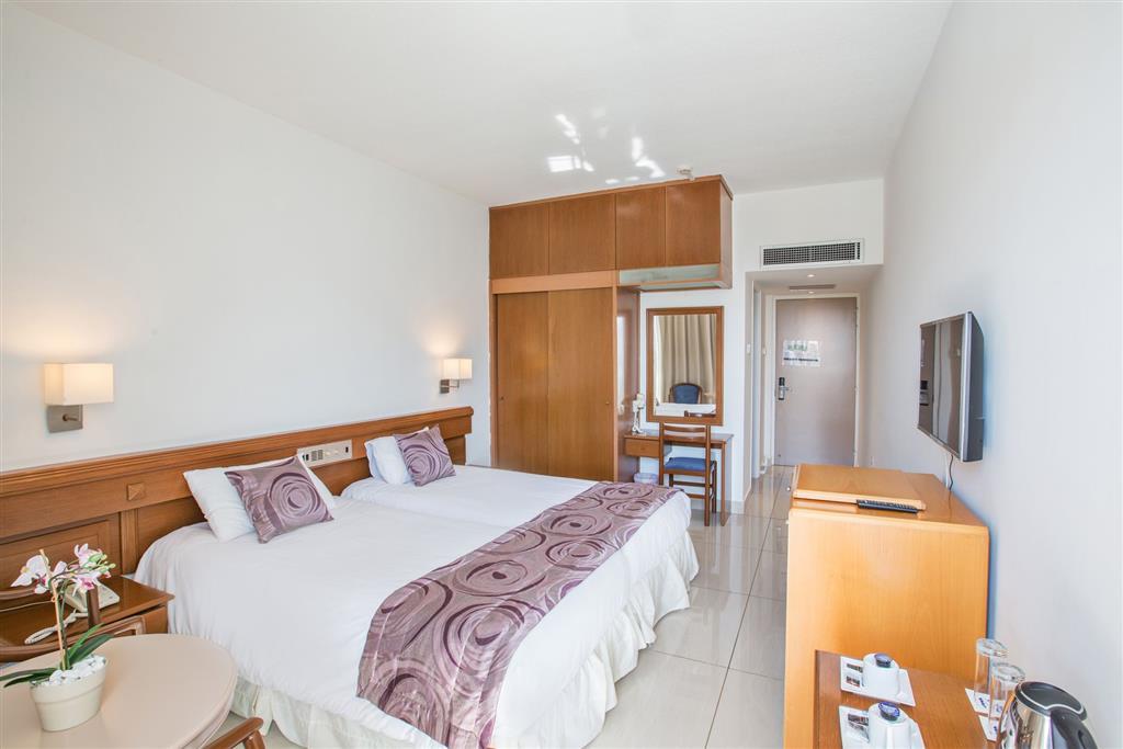 http://data.turancar.sk/t2/Hotel/2179/20844.jpeg