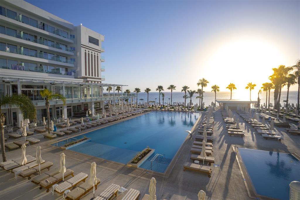 http://data.turancar.sk/t2/Hotel/2180/20754.jpeg