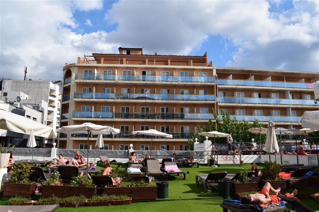 http://data.turancar.sk/t2/Hotel/2182/20936.jpeg