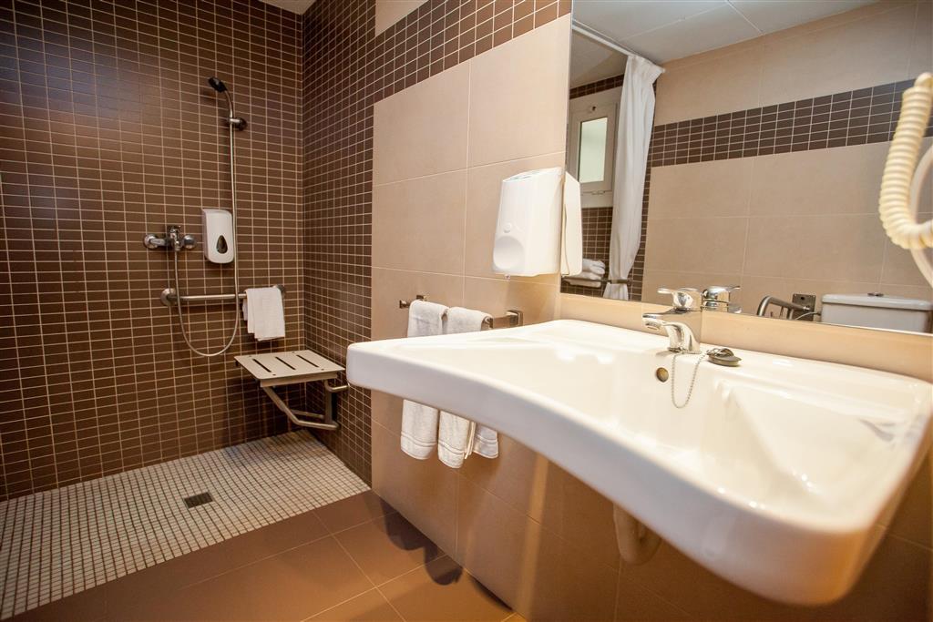 http://data.turancar.sk/t2/Hotel/2182/20946.jpeg