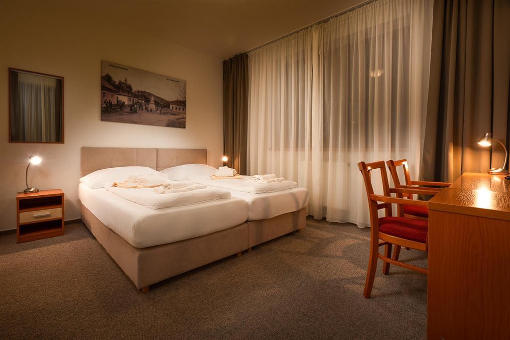 http://data.turancar.sk/t2/Hotel/2328/24526.jpeg