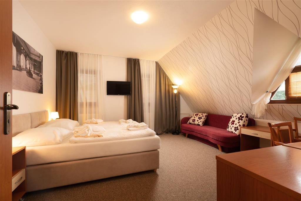 http://data.turancar.sk/t2/Hotel/2328/24528.jpeg