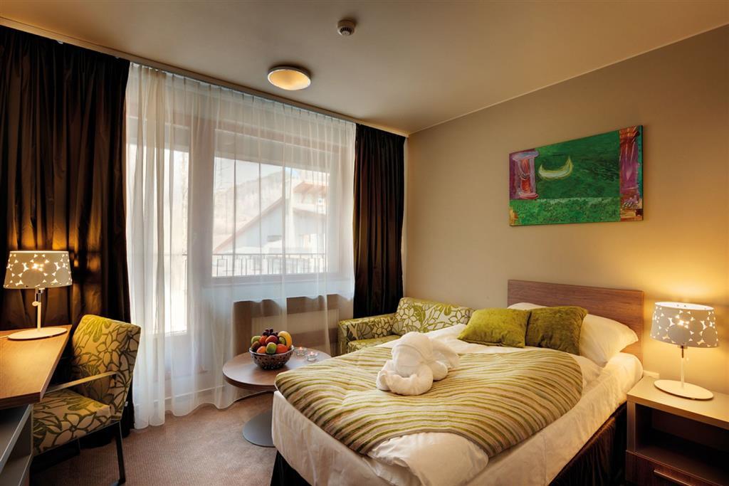 http://data.turancar.sk/t2/Hotel/2332/24745.jpeg