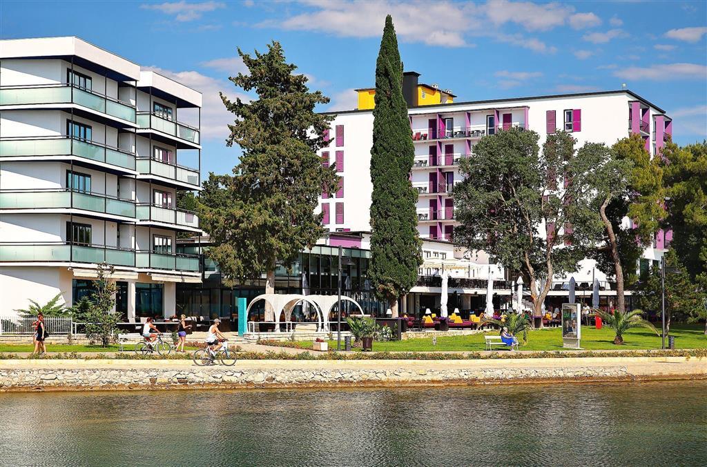 http://data.turancar.sk/t2/Hotel/2334/25026.jpeg