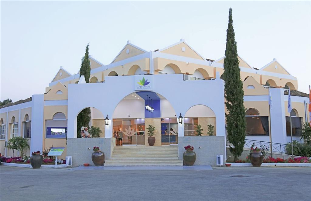 http://data.turancar.sk/t2/Hotel/2349/25089.jpeg