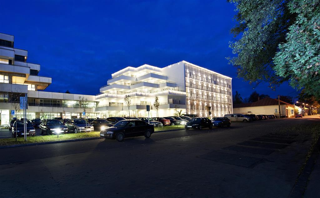 http://data.turancar.sk/t2/Hotel/2382/25344.jpeg