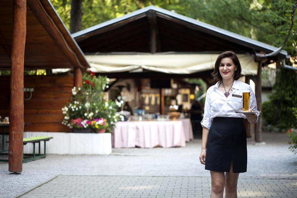 http://data.turancar.sk/t2/Hotel/2382/25360.jpeg