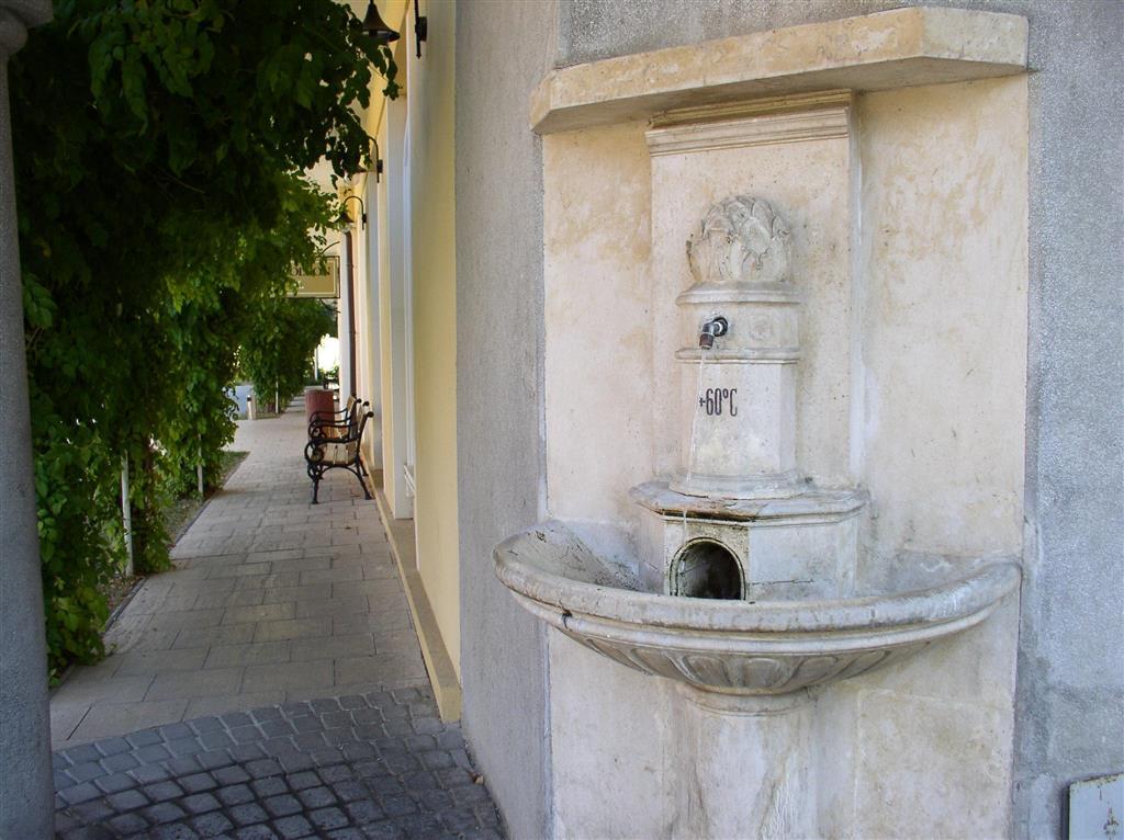 http://data.turancar.sk/t2/Hotel/2387/25549.jpeg