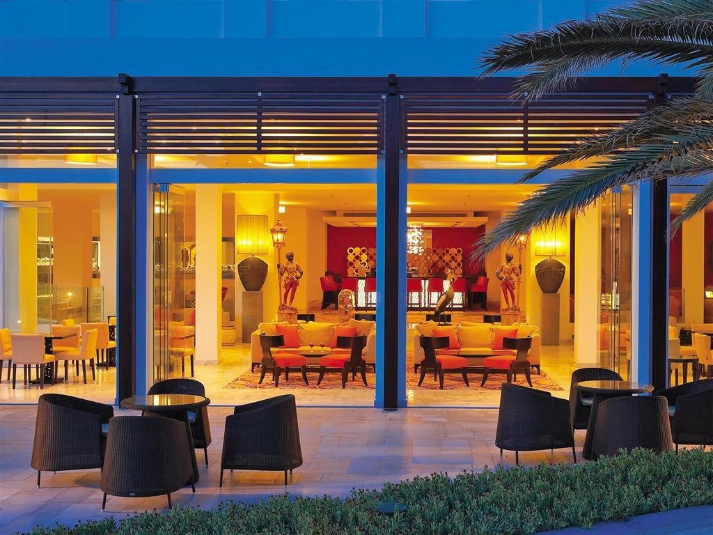 http://data.turancar.sk/t2/Hotel/2406/26060.jpeg