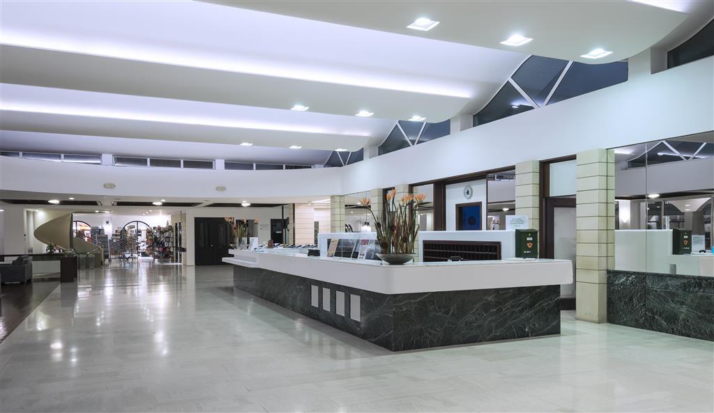 http://data.turancar.sk/t2/Hotel/2413/26097.jpeg