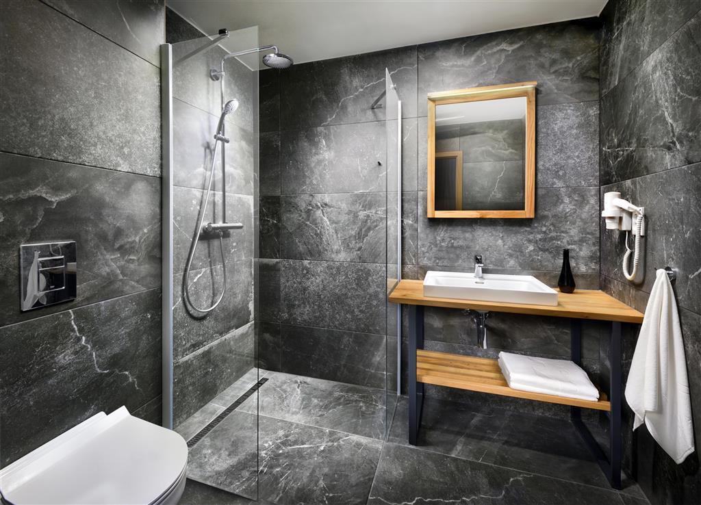 http://data.turancar.sk/t2/Hotel/2447/26850.jpeg