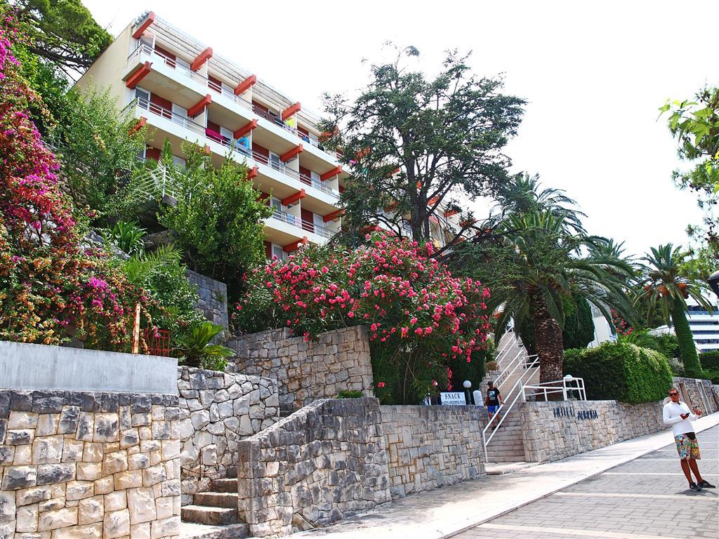http://data.turancar.sk/t2/Hotel/301/19881.jpeg