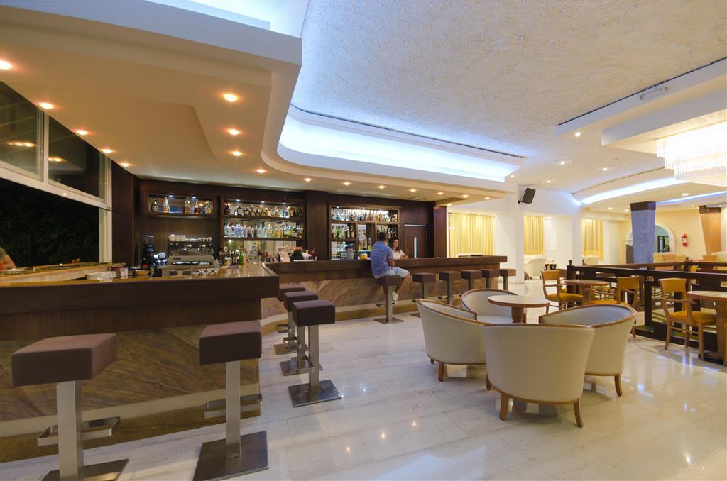 http://data.turancar.sk/t2/Hotel/6302.jpeg