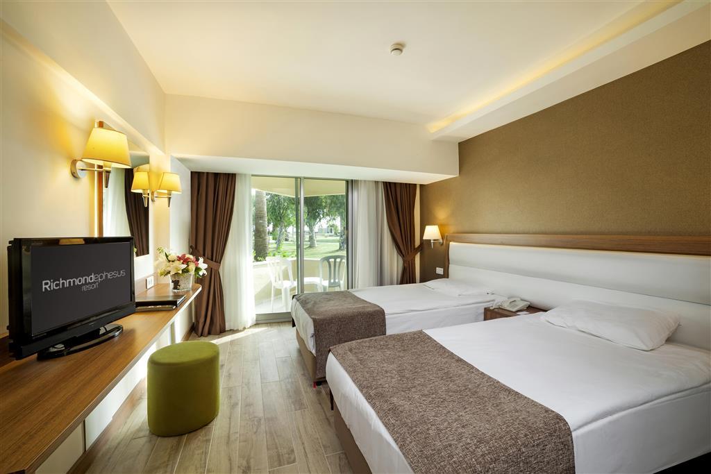 http://data.turancar.sk/t2/Hotel/8301.jpeg