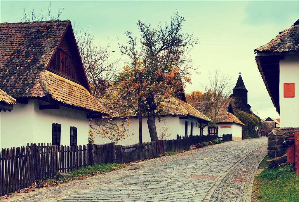 http://data.turancar.sk/t2/Zajezd/9360/19052.jpeg